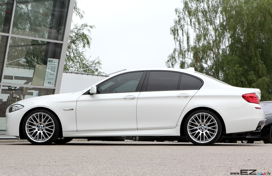 bmw 530d f 10 m sportpaket alpinweiss 3 ez auto. Black Bedroom Furniture Sets. Home Design Ideas