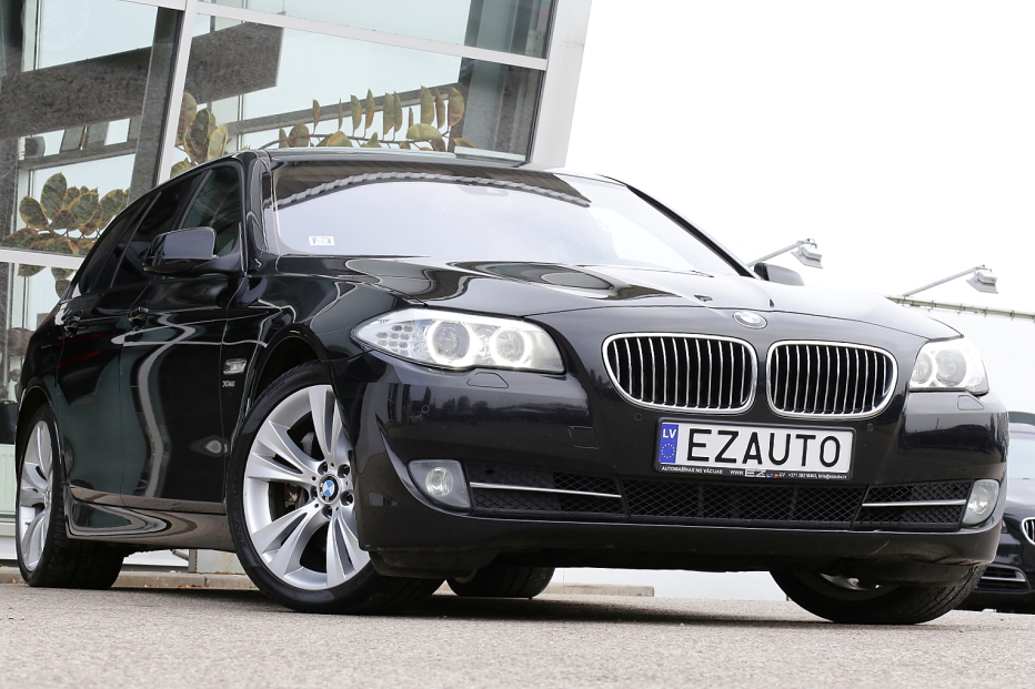 bmw 530d f11 3 0d 258 zs x drive touring ez auto. Black Bedroom Furniture Sets. Home Design Ideas