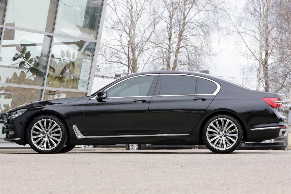 Bmw 730d g11 3 0d 265 zs x drive design pure excellence for 3e1 exterieur design pure excellence