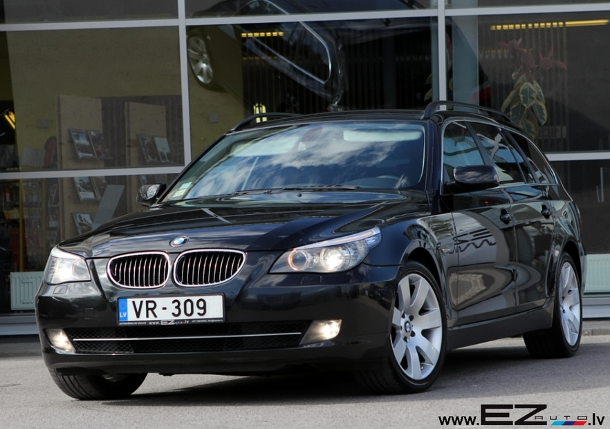 bmw 530xd touring facelift ez auto. Black Bedroom Furniture Sets. Home Design Ideas